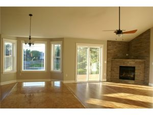 Great room with vaulted ceilings, Eco-friendly Bamboo flooring a